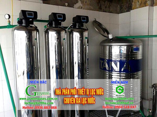 Hệ thống lọc nước sinh hoạt đầu nguồn với 3 lõi lọc